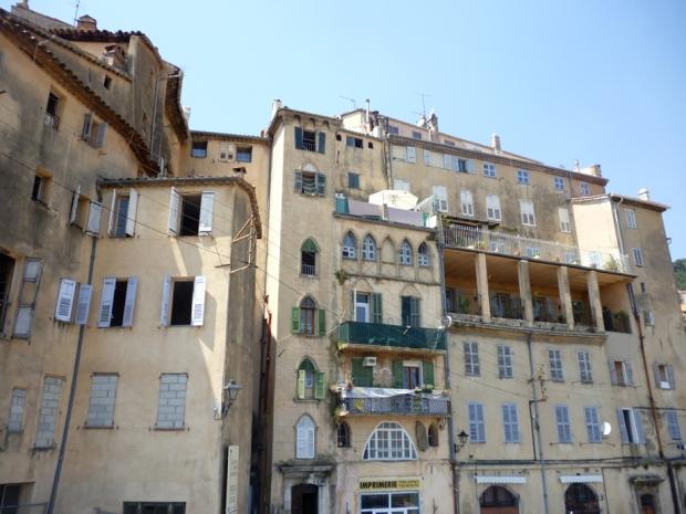 Grasse buildings